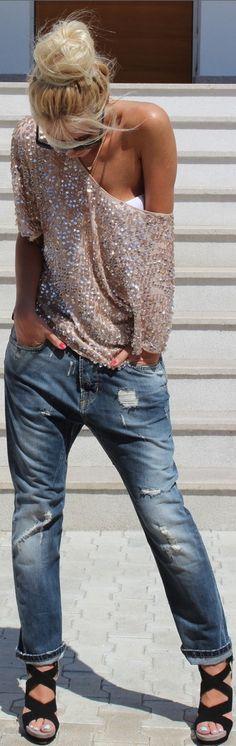 boyfriend jeans, platforms and shinny blouse