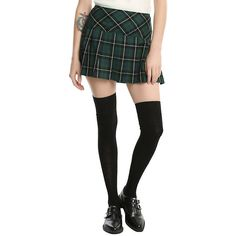 Green Plaid Skirt Hot Topic ($20) ❤ liked on Polyvore featuring skirts, round skirt, green pleated skirt, tartan plaid skirt, knee length pleated skirt and plaid pleated skirts