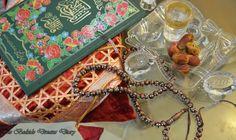 Ramadan Kareem! Ramadan Mubarak, Paper Crafts, Diy Crafts, Eid, Diy For Kids, Tissue Paper Crafts, Paper Craft Work, Make Your Own, Papercraft