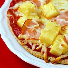 "Hawaiian Pita Pizzas -- an easy and delicious ""15-minute meal""!!"