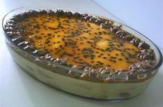 O Pavê de Mousse de Maracujá é uma sobremesa fácil de fazer e deliciosa que vai agradar toda a família. Faça e comprove! Veja Também:Pavê de Doce de Leite