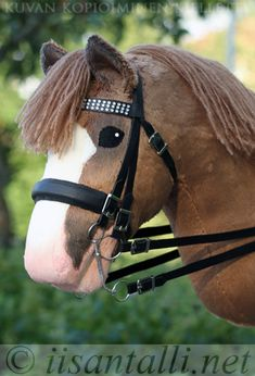 Horse Stables, Horse Tack, Stick Horses, Year Of The Horse, Tallit, Hobby Horse, Horse Crafts, Animals And Pets, Nova