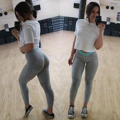 """5,200 Likes, 73 Comments - Maryana Dvorska (@maryanadvorska) on Instagram: """"Hey there @gymshark is dropping some new items in a few min (7 am California time) & they're…"""""""