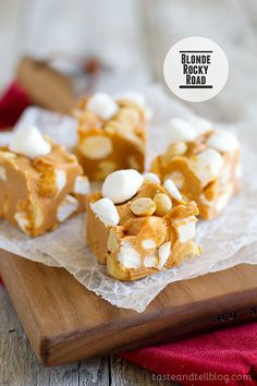 Blonde Rocky Road Butterscotch, peanut butter, marshmallows and peanuts – these candies are little bites of heaven! Photo Updated December 2013 Originally posted May I thought this candy would be perfect for Christmas. Peanut Butter Recipes, Fudge Recipes, Dessert Recipes, Copycat Recipes, Baking Recipes, No Bake Treats, Yummy Treats, Sweet Treats, Just Desserts
