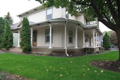 Walla Walla Valley house rental - Huge wrap-around porch.