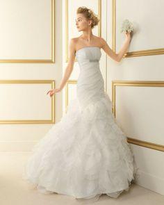 189 TUNEZ / Wedding Dresses / 2013 Collection / Luna Novias