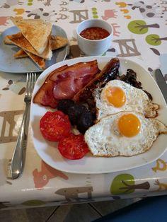 It's the British Grand Prix so this should be the easy –… British Grand Prix, English, Breakfast, Recipes, Food, Morning Coffee, Essen, English Language, Eten