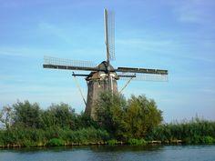 'Vreeland'. Windmill near the river Vecht.