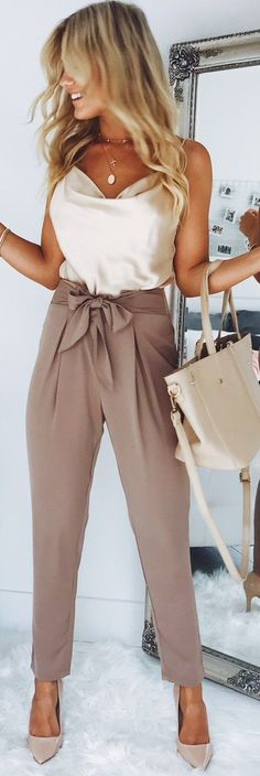 Loving this top styled with these work pants #womensfashion