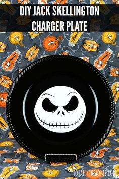 Learn how to Make Your Own Jack Skellington Charger Plate just in time for Halloween! Halloween Plates, Easy Halloween, Halloween Crafts, Halloween Decorations, Christmas Crafts, Halloween Kitchen, Christmas Vinyl, Grinch Christmas, Christmas Plates
