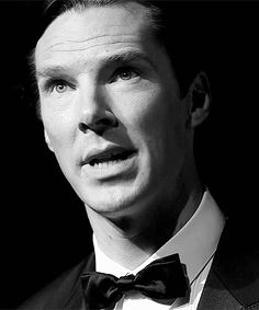 52 reasons on why Benedict Cumberbatch is the phenomenally and amazingly awesome!