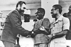 Da esquerda para a direita: Fidel Castro, Sékou Touré, Agostinho Neto e Luís Cabral, talvez na segunda metade da década de 1970.