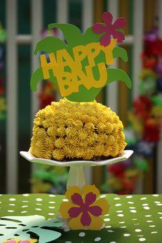 TROPICAL PARTY   Kikipelosi #dogcake #organicdogfood #petchef #pupfood #pineapplecake #fordogsonly Organic Dog Food, Pineapple Cake, Tropical Party, Pup, Desserts, Recipes, Tailgate Desserts, Pineapple Cobbler, Deserts