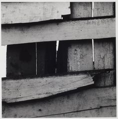 Modern Photography And It's Popularity In Growth – PhotoTakes A Level Photography, Texture Photography, Photography Lessons, Abstract Photography, White Photography, Street Photography, Famous Artists, Great Artists, Aaron Siskind