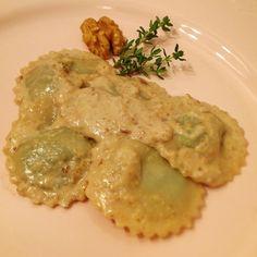 Pansotti di Borragine con Salsa di Noci
