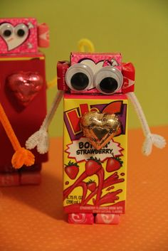 valentine mailbox using cereal box
