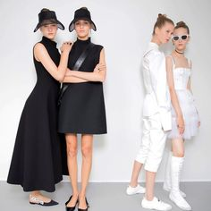 Maria Grazia debuted her first @dior collection at #PFW. Thoughts? #Dior #MariaGrazia #Paris #Fashion #Vogue