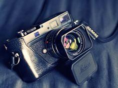 I love my leica : Photo Leica M, Leica Camera, Camera Gear, Film Camera, 35mm Film, Old Cameras, Vintage Cameras, Canon Cameras, Canon Lens