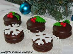 Plnené medovníky (perníky) s čokoládovou polevou - Mňamky-Recepty. Czech Recipes, Food And Drink, Birthday Cake, Pudding, Sweets, Cookies, Christmas, Kitchens, Crack Crackers