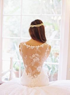 Gorgeous back of wedding dress