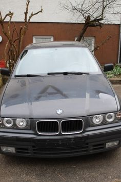 BMW E36 318i (LIMOUSINE) NEUER TÜV; SONDERAUSSTATTUNG