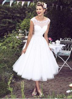 Duchesse-Linie U-Ausschnitt Wadenlang Tüll Brautkleid mit Applikationen Spitze