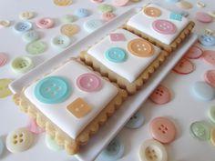 Galletas decoradas con botones de fondant impreso