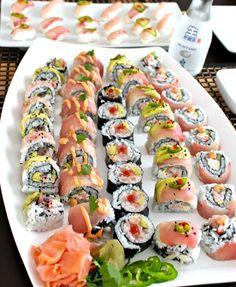 Snacks Dishes, Food Dishes, Clean Recipes, Cooking Recipes, Japanese Food Sushi, Homemade Sushi, Sushi Recipes, Food Goals, Sashimi