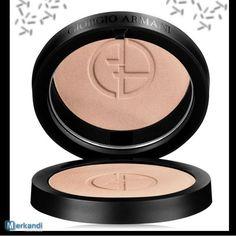 Giorgio Armani http://merkandi.gr/offer/giorgio-armani-luminous-silk-powder-05-6-6gr/id,83574/