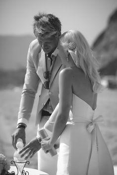Wedding Sand Ceremony - Beach Weddings at The Sunset Restaurant - Malibu, California - Photography: www.tonygambinophoto.com