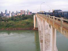 Ponte da amizade. Ciudad del Este, Paraguai.