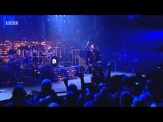 ▶ Queen + Adam Lambert - Under Pressure - New Years Eve London 2014 - YouTube