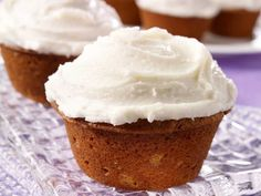 Did you know Silk® has a ton of Smoothie Solutions, like thisPumpkin Spice Cupcakes? Yummy Treats, Sweet Treats, Yummy Food, Tasty, Vegan Treats, Dessert Sans Lactose, Healthy Desserts, Dessert Recipes, Cake Recipes