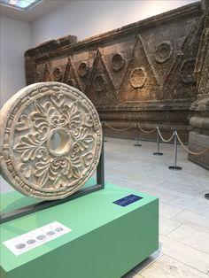 Museum für Islamische Kunst. Im Pergamonmuseum Berlin. Wunderbare Teppiche und Keramiken. Empfehlung!