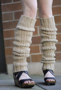 Ravelry: Lillooet Legwarmers pattern by Grace Verhagen FREE PATTERN