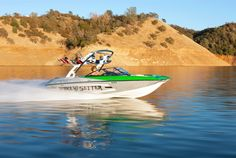 "The NEW WAKESETTER 20 MXZ, ""Little Giant"", from Malibu Boats #wakeboarding #malibuboats #SURFGATE"