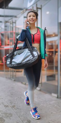 Mix and match your colors as you head to the gym. #training #nike #style