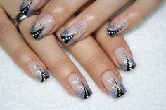 nails to die for | Klicken Sie auf die Bilder, um diese zu vergrößern.