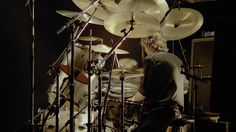 Queen Rock Montreal - Roger Taylor Solo - Drums & Tympani