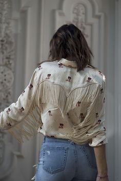 aimee_song_of_style_ganni_top_chanel_heels_ag_jeans_chloe_bag shared by anaana Cowgirl Style, Estilo Cowgirl, Western Style, Western Wear, Cowgirl Tuff, Western Shirts, Chemises Country, Chemises Western, Look Fashion