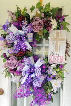 Spring Door Wreaths, Winter Wreaths, Holiday Wreaths, Wreaths For Front Door, Halloween Wreaths, Sunflower Burlap Wreaths, Floral Wreaths, Christmas Decor, Christmas Gifts
