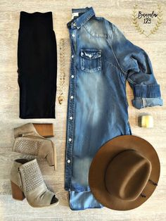 Keaton Denim Tunic Dress With lower heels, add leggings and ditch the hat would be doable for me. Fall Winter Outfits, Autumn Winter Fashion, Summer Outfits, Cute Outfits, Stylish Mom Outfits, Early Fall Outfits, Rustic Outfits, Everyday Casual Outfits, Beautiful Outfits