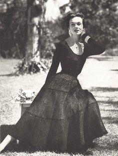 Iliana Skirt • 1950s Wedding Bridal Crochet Lace • 50s Crocheting Vintage Vogue Pattern • 1954 Retro Women's Digital PDF by TheStarShop on Etsy