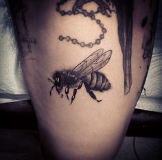 BuZZin' bee tattoo by Isaiah Negrete