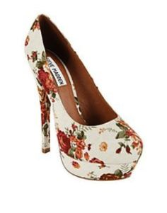 REDUCED! Steve Madden Canvas Pumps - $59.00