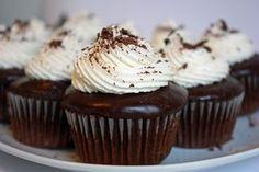 Irish Car Bomb Cupcakes - Guinness chocolate cake dipped in Jameson ganache topped with Bailey's buttercream | JavaCupcake.com