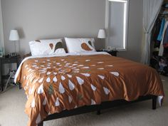 DIY Duvet cover - I like the pattern. Getting the shapes and spacing right might drive my OCD insane though,
