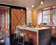 Cozinha com blocos de concreto
