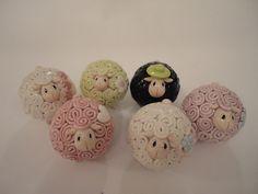 Keramik-Schaf handgefertigte farbige Keramik von Sanjaart auf Etsy …