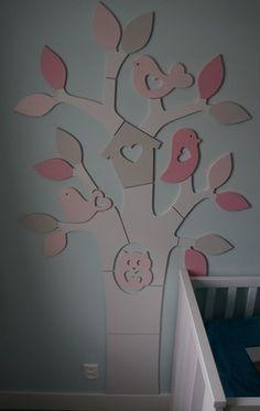 Babykamer boom pasteltinten